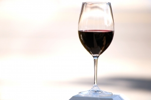 red-red-wine-1335583-m